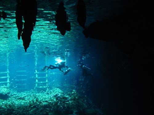 vieuw out of Sac Actun cavern