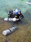 Hooking up tanks, sidemount, scientific exp july 2001